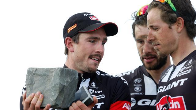 Giant-Alpecin mikt met De Kort en Sinkeldam op top tien Parijs-Roubaix
