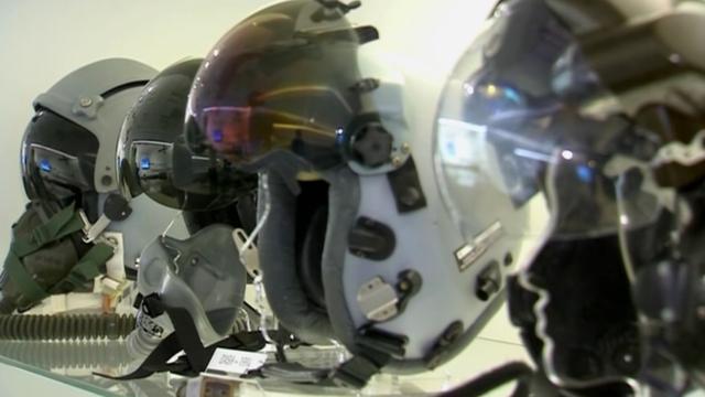 Slimme helm neemt besturing over na flauwvallen piloot