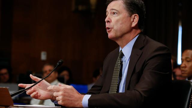 Trump ontslaat FBI-directeur James Comey