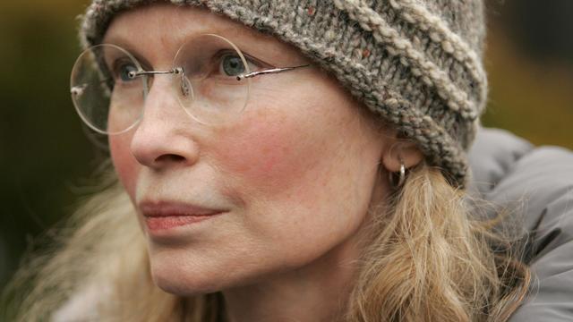 Zoon van Mia Farrow overleden na auto-ongeluk
