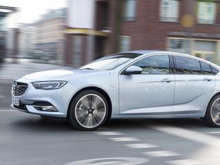 Nieuwste Opel door Autoweek getest