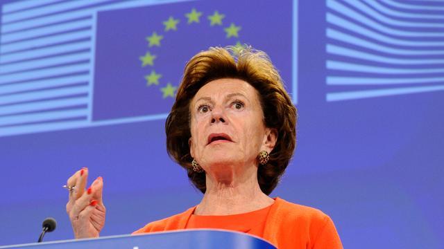 Europese Commissie zwijgt over uitleg Neelie Kroes