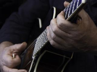 Artiesten gaan pas muziek maken als er gedoneerd wordt