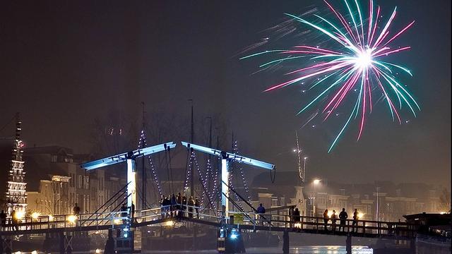 Leiden breidt vuurwerkverbod verder uit en krijgt vuurwerkshow