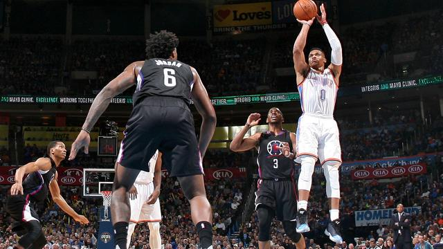 Westbrook treedt in voetsporen van NBA-legende Johnson
