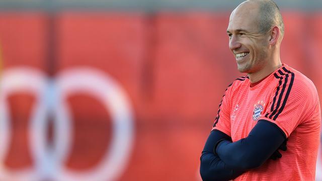 Robben hervat training bij Bayern München na spierblessure