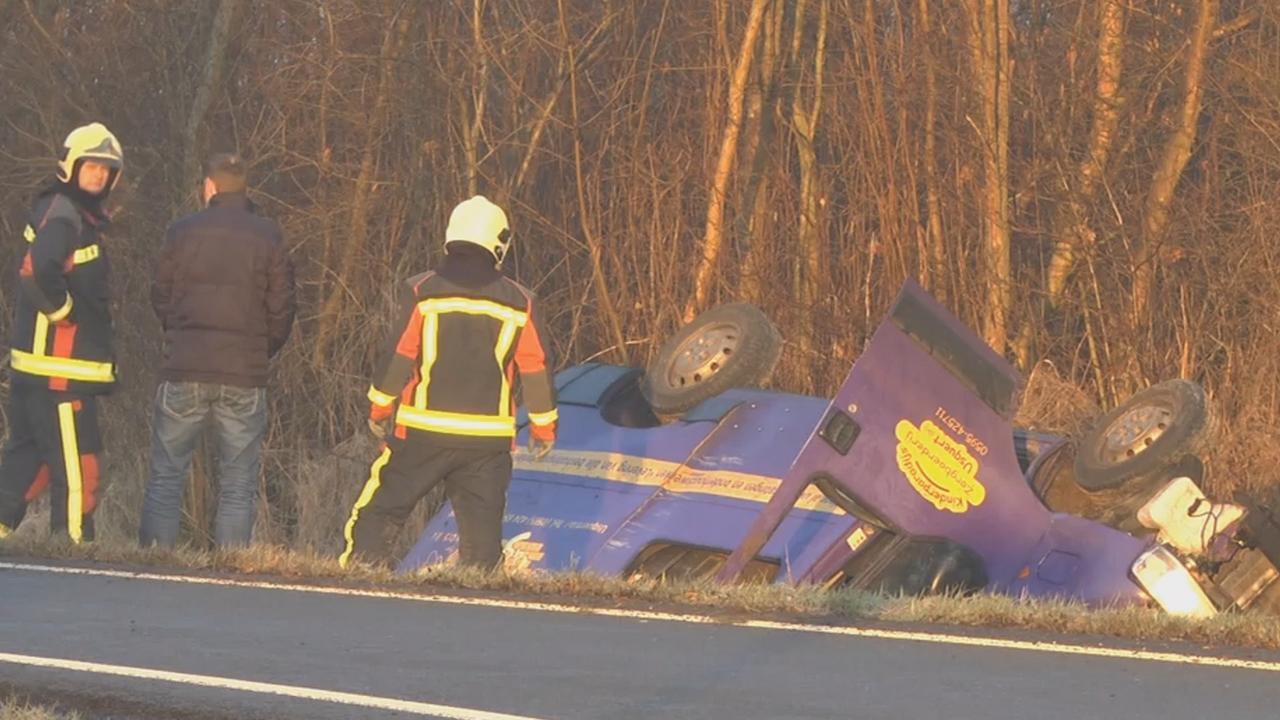 Dode en gewonden bij ongeval met busje Oosternieland