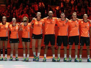 Aartsrivaal België is zondag tegenstander van Oranje in Dordrecht