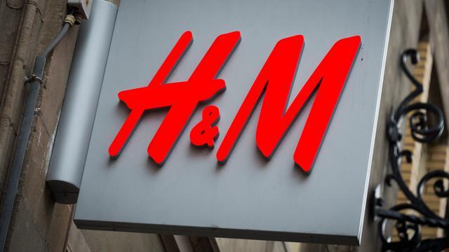 H&M boekt lagere winst door kortingen en dure dollar