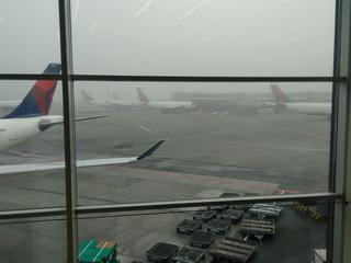 Sommige toestellen met bestemming Amsterdam blijven aan de grond