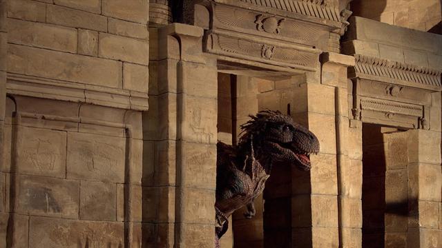 T.rex bezoekt het Rijksmuseum van Oudheden