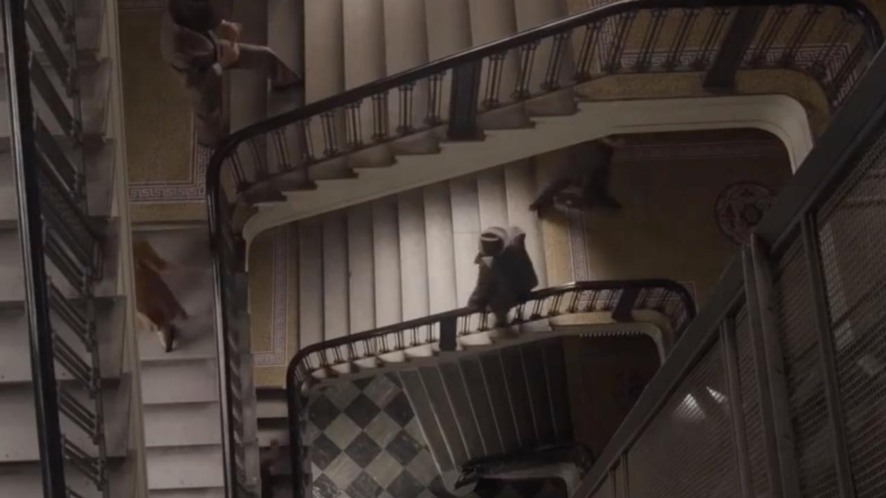 Bekijk de trailer van Alone in Berlin