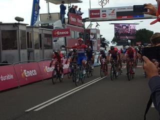 Nederlands kampioen blijft Bouhanni en Sagan voor in Bolsward