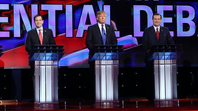 Republikeinse presidentskandidaten vallen elkaar af in debat