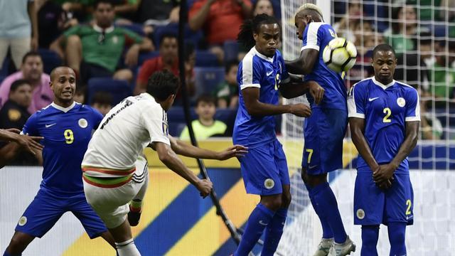 Curaçao puntloos uitgeschakeld op Gold Cup na nederlaag tegen Mexico