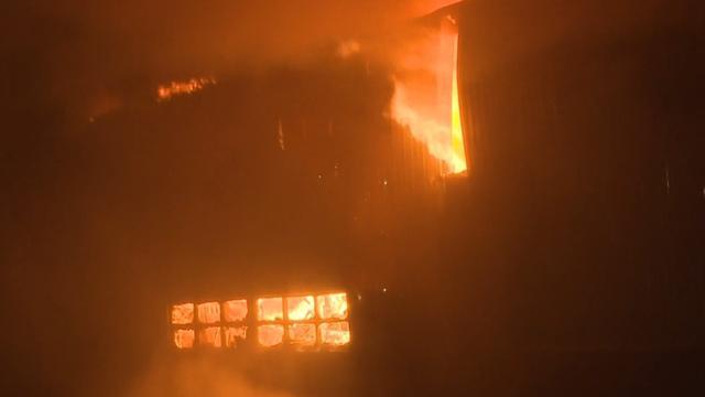 Grote brand bedrijventerrein Obdam