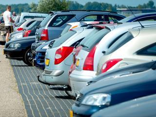 Controles bij ophalen auto's direct aangescherpt