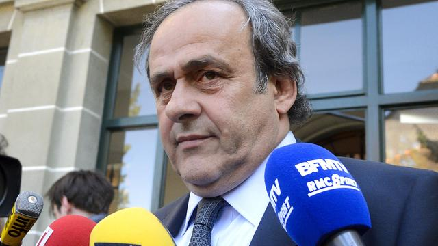 Geschorste Platini stapt op als voorzitter UEFA