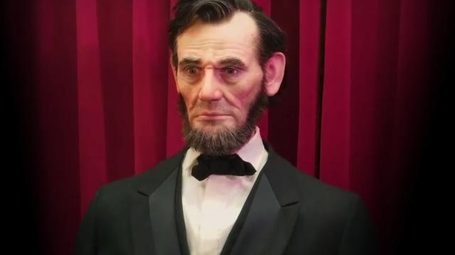 Robotbouwer demonstreert realistische Abraham Lincoln