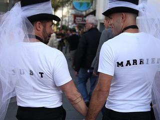 30 procent van lesbische stellen die in 2005 trouwden in 2015 gescheiden