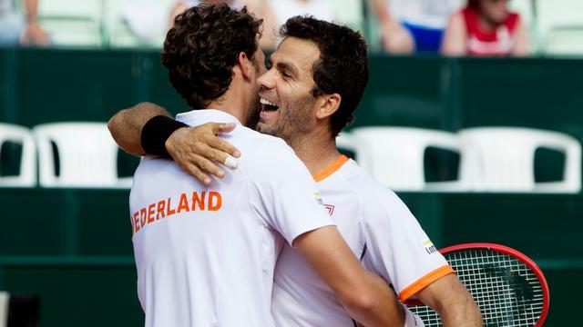 Nederland wint ook dubbelspel en is zeker van klassebehoud in Davis Cup