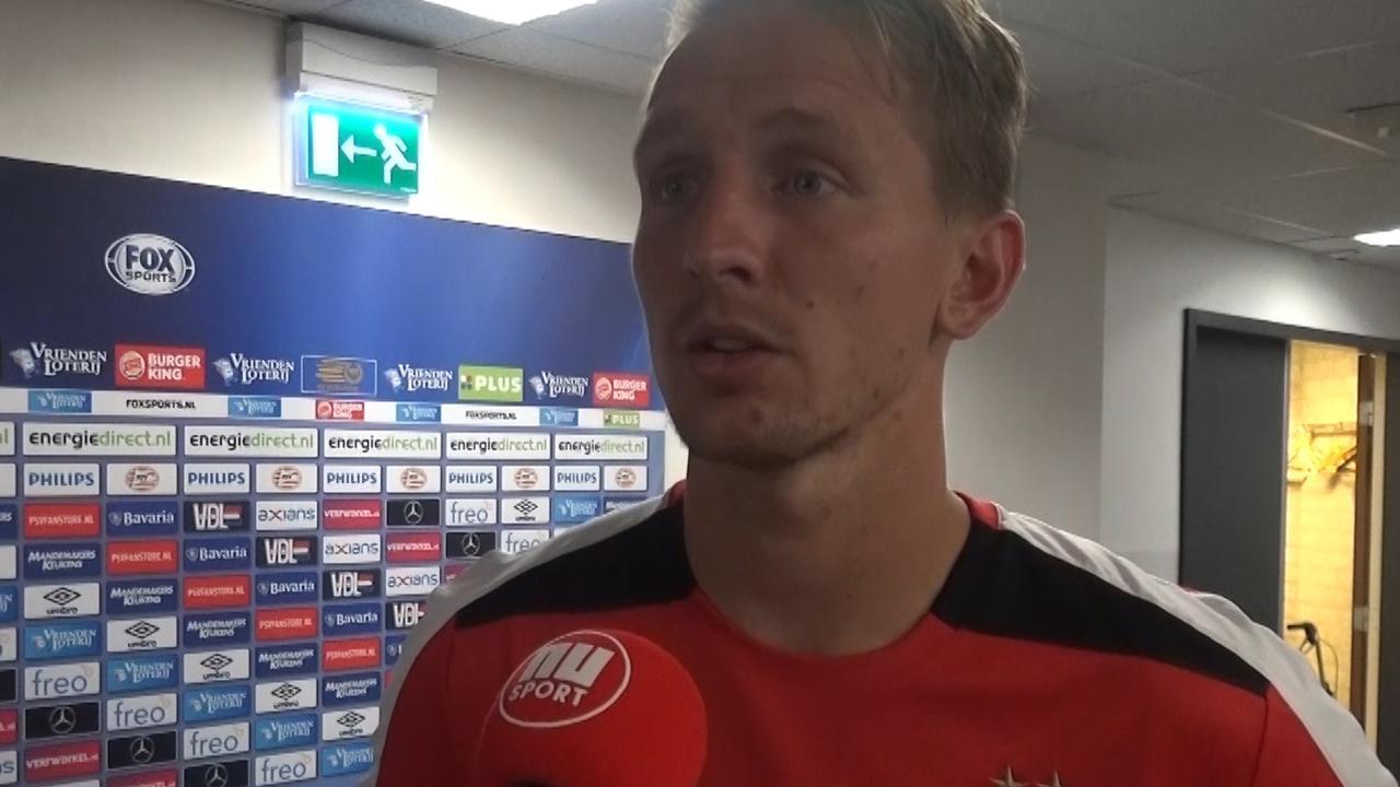 PSV-spits De Jong schaamt zich voor nederlaag tegen Eindhoven