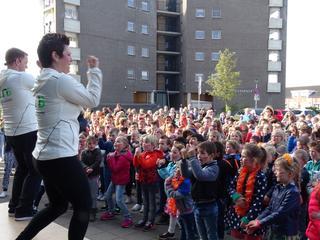 Bijna 1.700 kinderen dansen op acht verschillende scholen