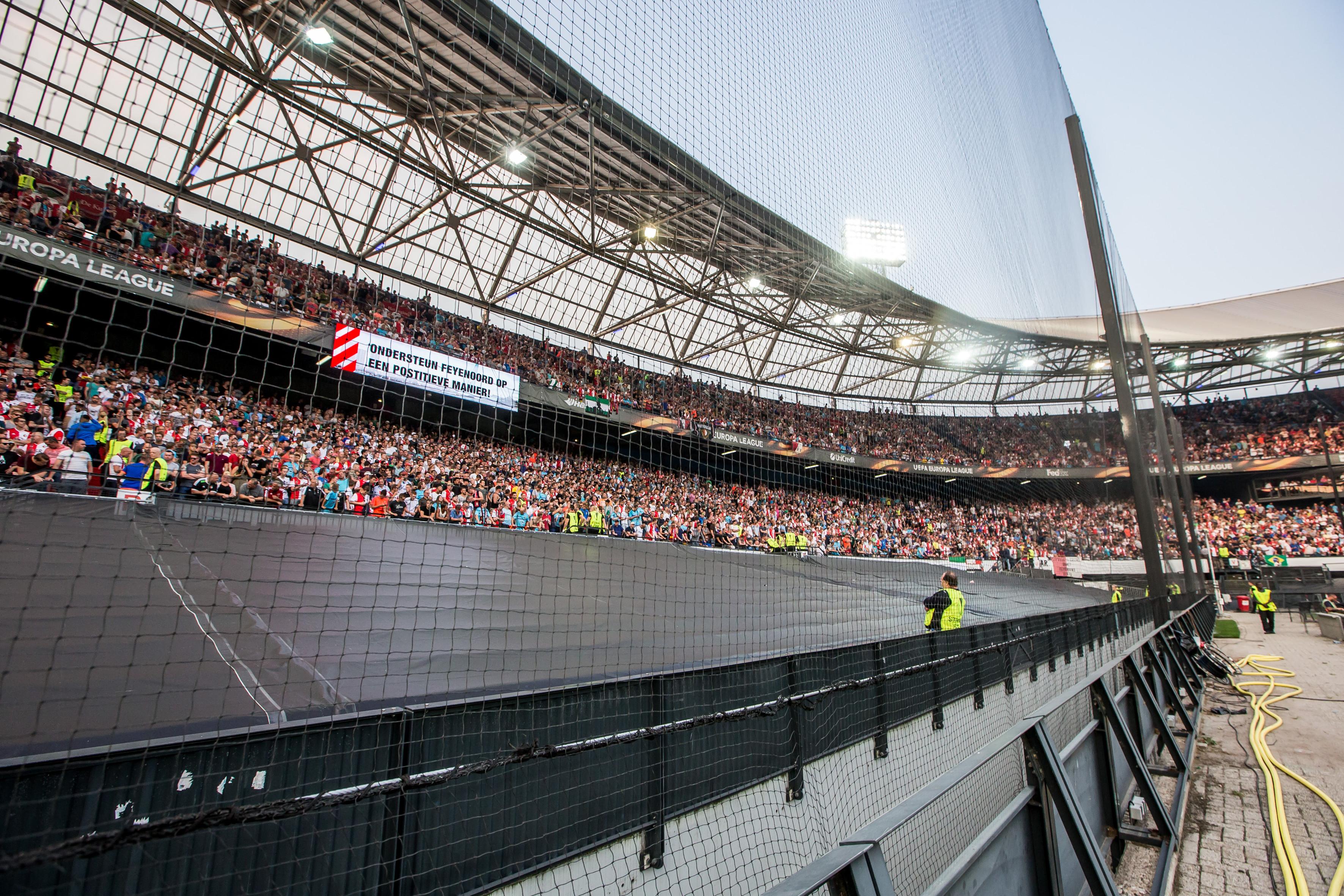 Feyenoord ook in Champions League met netten voor tribunes