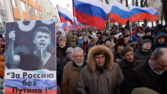 Proces tegen verdachten moord Nemtsov begonnen in Rusland