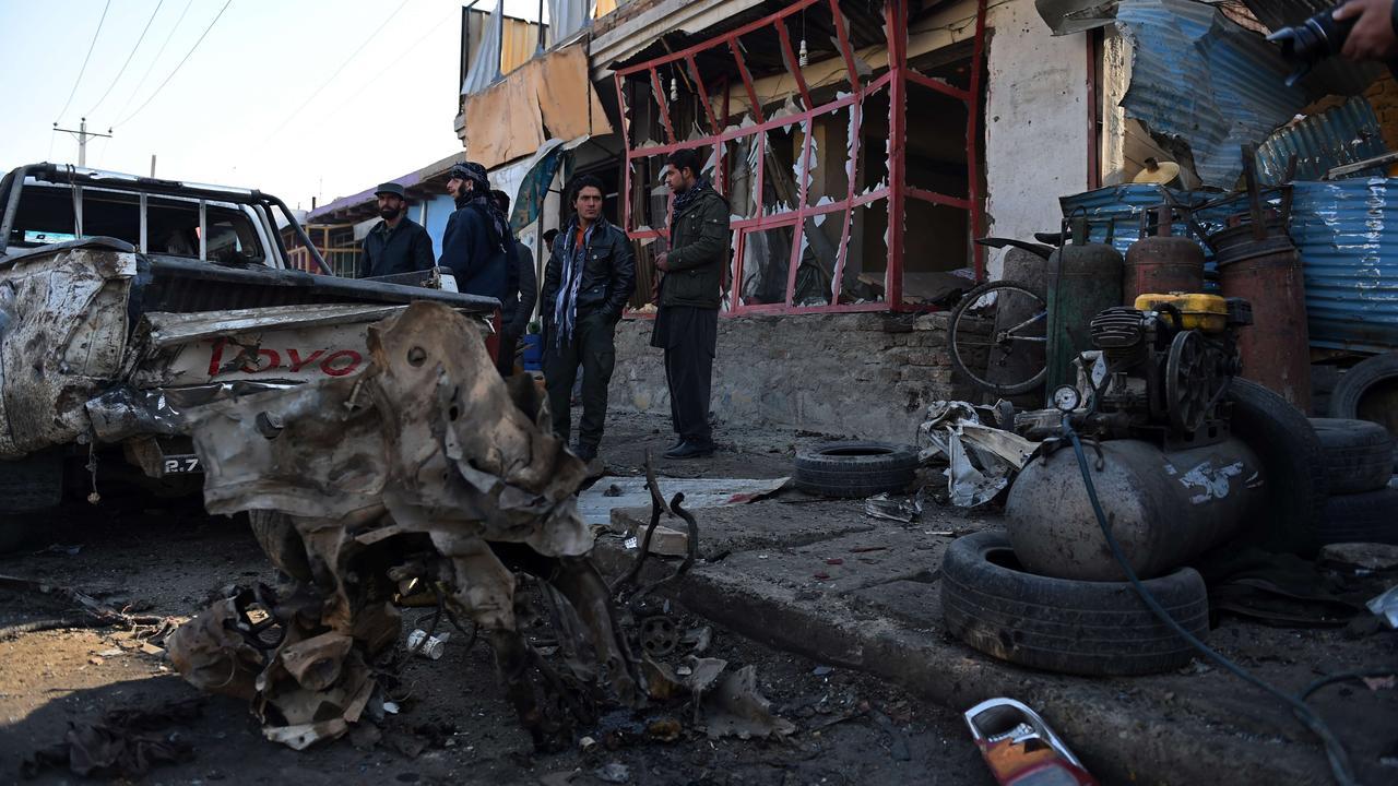 Zelfmoordaanslag bij Afghaanse luchthaven in Kabul