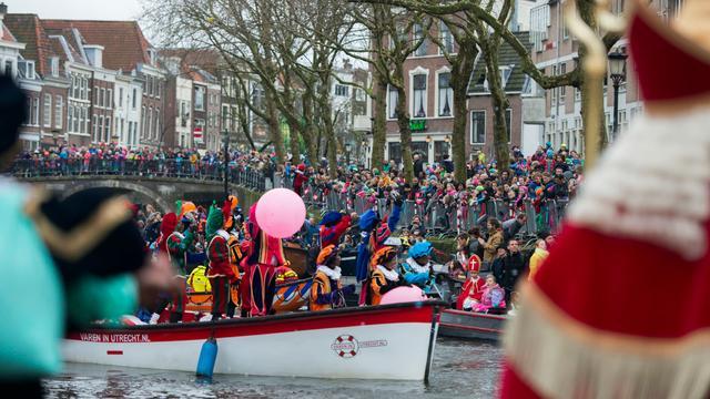Hij komt! Wat gaat er gebeuren tijdens de Sinterklaasintocht zondag?