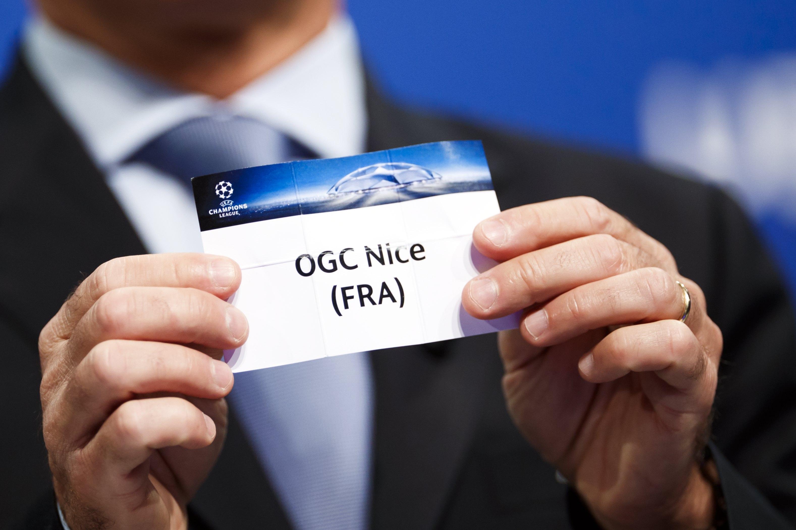 Ajax loot Olympique Nice in derde voorronde Champions League