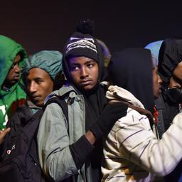 Frankrijk begint met ontruiming van vluchtelingenkamp Calais