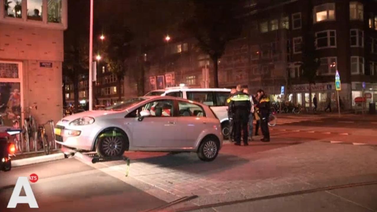 Grote politiemacht op de been in Rijnstraat