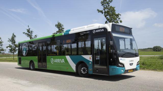 Arriva verlengt proef met pinnen in Alphense bussen