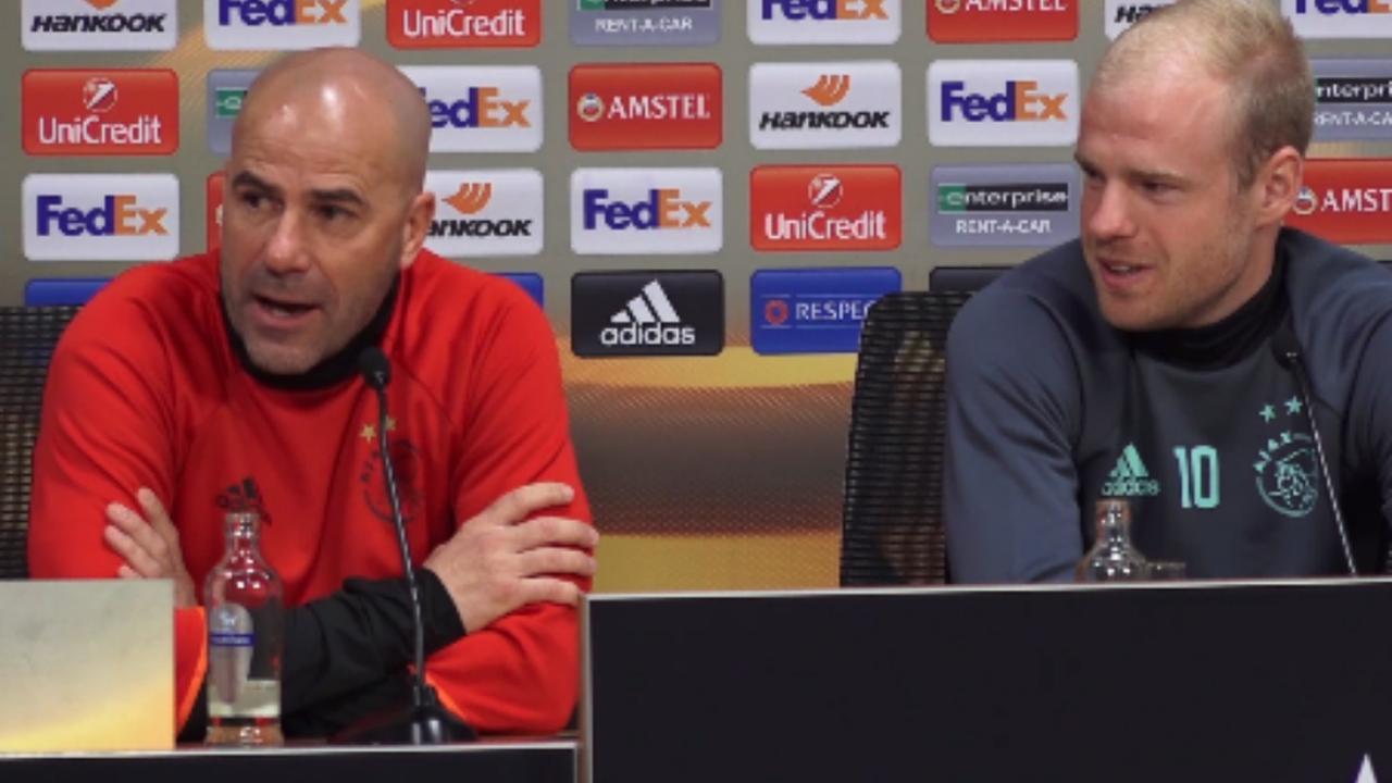 Europa League-beker bij persconferentie binnen handbereik: 'Ik raak hem nog niet aan'