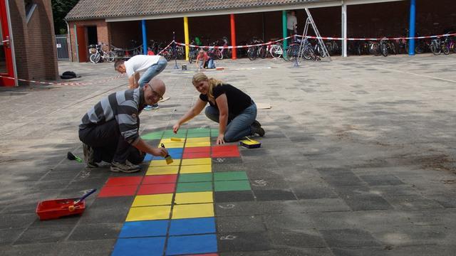 Ambtenaren doen vrijwilligerswerk voor Roosendaal Raakt