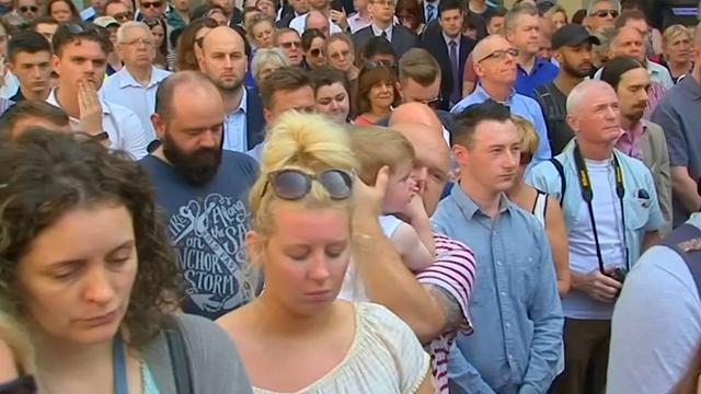 Minuut stilte in heel Engeland voor slachtoffers aanslag