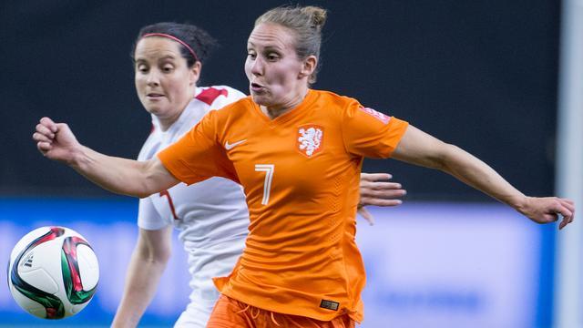 Oranje-topscorer Manon Melis (30) beëindigt voetbalcarrière