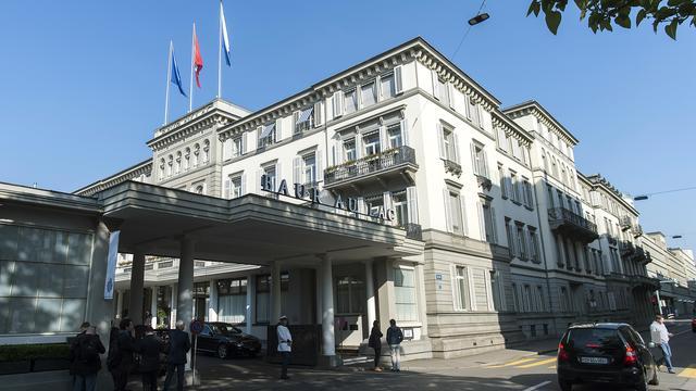 FIFA bezuinigt op luxe hotel in Zürich