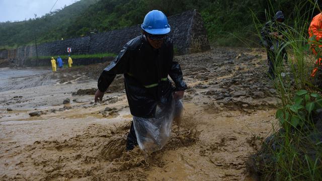 Krachtige tyfoon Haima raast over noorden van Filipijnen