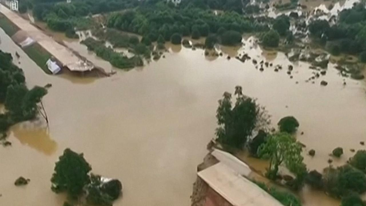 Ten minste 33 doden door overstromingen in China