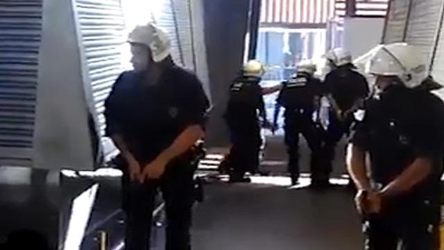 Politie zoekt naar bestuurder bestelbus na aanslag in Barcelona