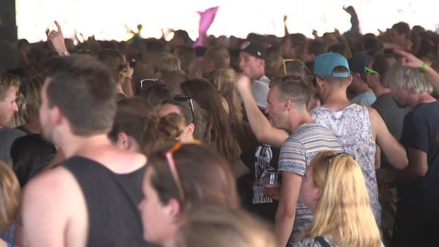 Zo voorkom je gehoorschade op een festival