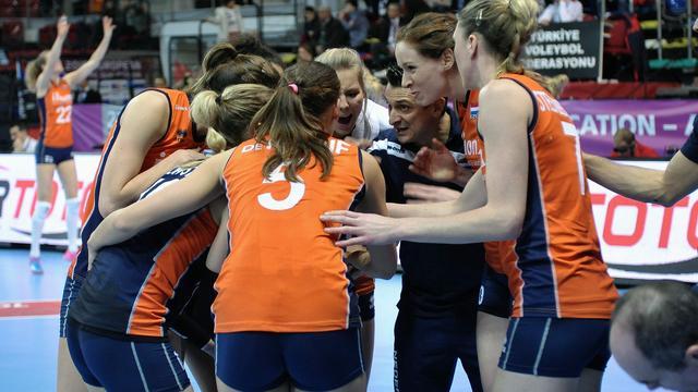 Ervaring van twee grote finales moet volleybalsters helpen op OKT