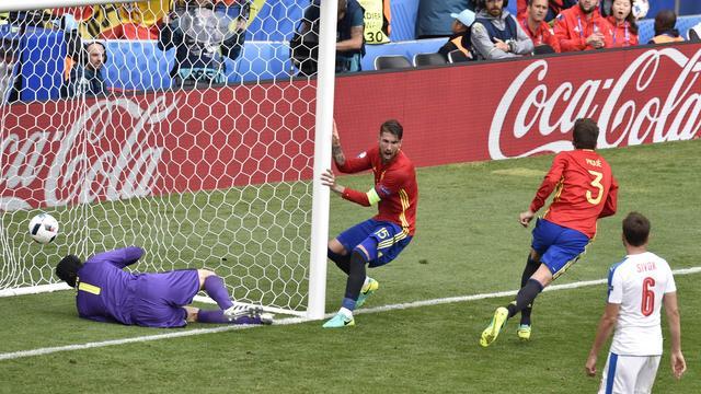 Del Bosque hoopt dat Spanje in komende duels effectiever is