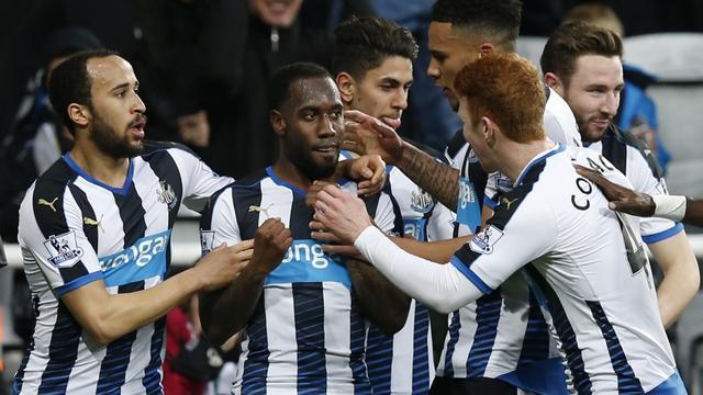 Anita bezorgt Newcastle punt tegen City, Betis wint dankzij Van Wolfswinkel