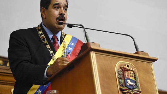 Venezolaanse president Maduro roept noodtoestand uit