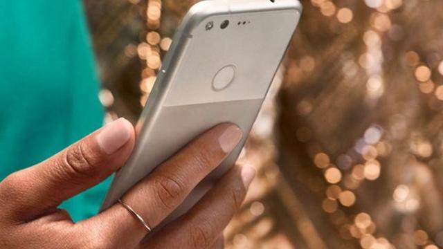 'Nieuwe Google-telefoons krijgen stemassistent en onbeperkte foto-opslag'