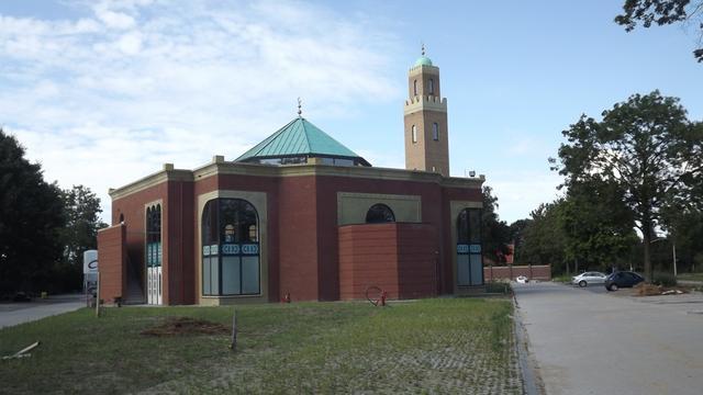 Commando's willen einde aan gebedsoproep moskee